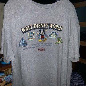 Vintage Disney world shirt